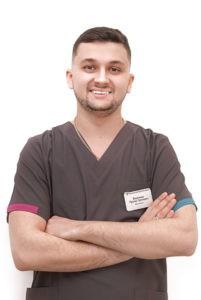 Стоматолог-хирург Василенко П.С. — клиника доктора Василенко